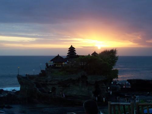 Wisata Bali Tanah Lot