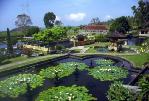 Tirta Gangga di Bali